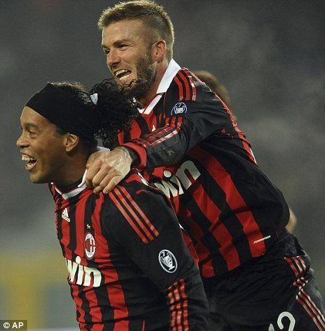 David Beckham And Ronaldhino World Football Ac Milan David