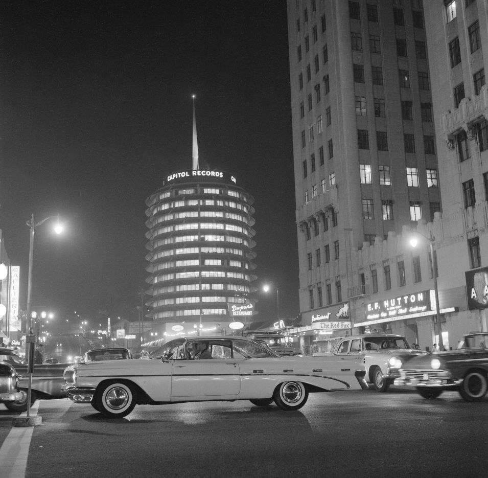 Capitol Records Building Vine Street Hollywood 1960 Bob Dam Hollywood Building Vintage Los Angeles Capitol Records