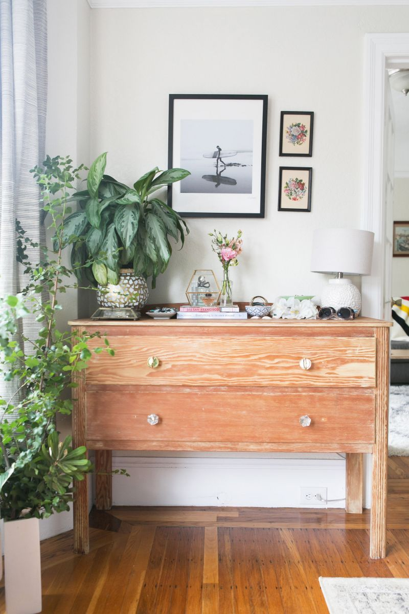 How One Couple Made Their 700-Square-Foot Apartment Feel So Much ...