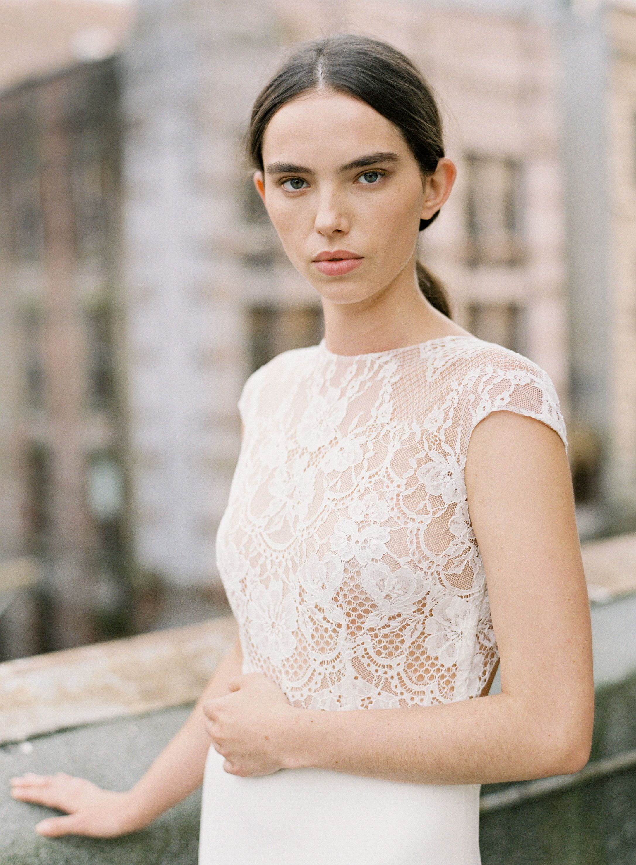 Emerson By Anais Anette 2018 Collection Lace Wedding Dress Short Sleeve Fitted Short Lace Wedding Dress Amazing Wedding Dress Short Sleeve Wedding Dress [ 2952 x 2173 Pixel ]