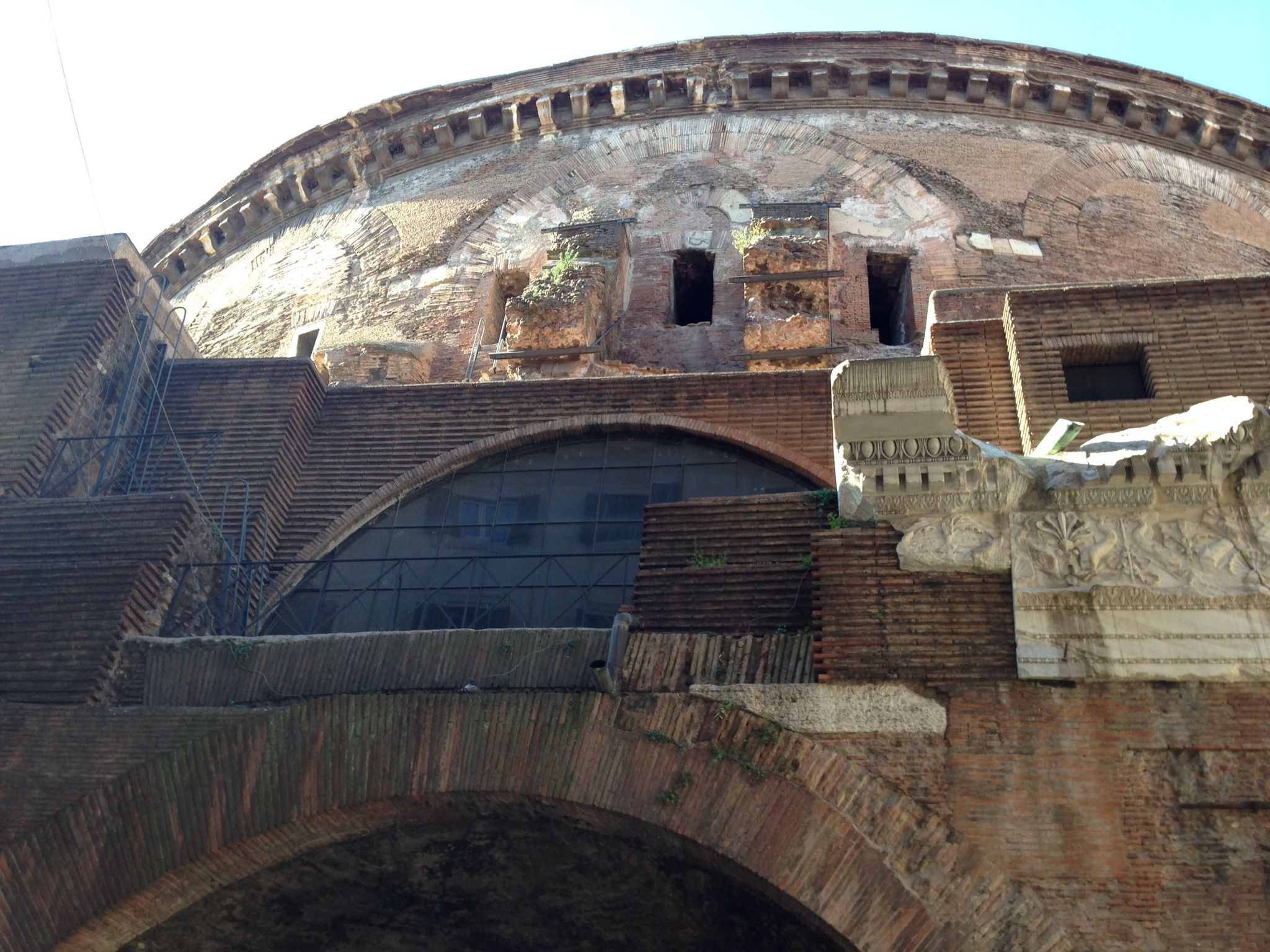 """a report on pantheon a roman monument The measure outlaws eating and drinking in areas of """"particular historic, artistic, architectonic and cultural value"""" in rome's center, to better protect the city's monuments, which include landmarks like the colosseum, the pantheon and the spanish steps fines range all the way up to $650 for culinary."""