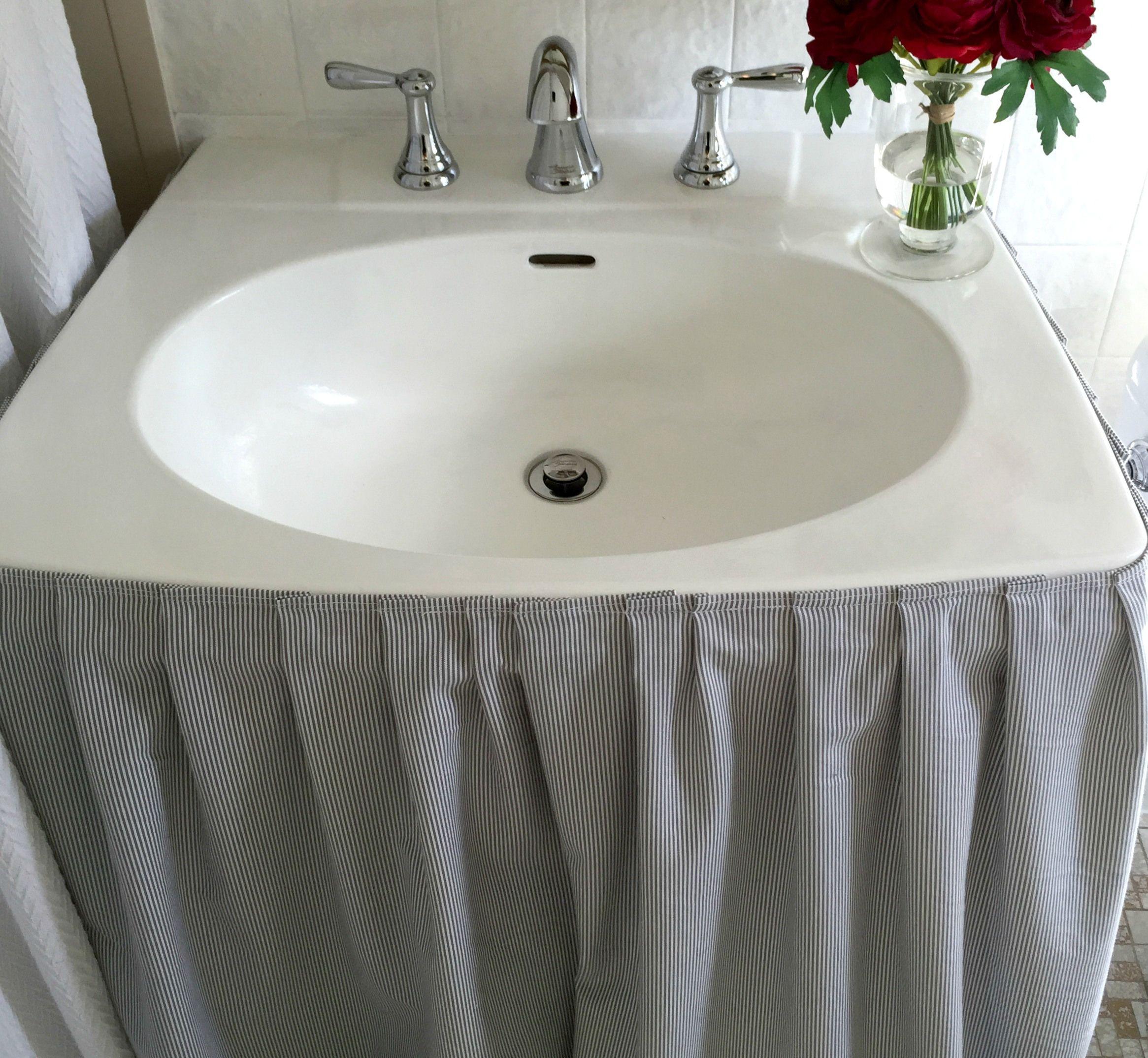 Pedestal Sink Skirt Tutorial