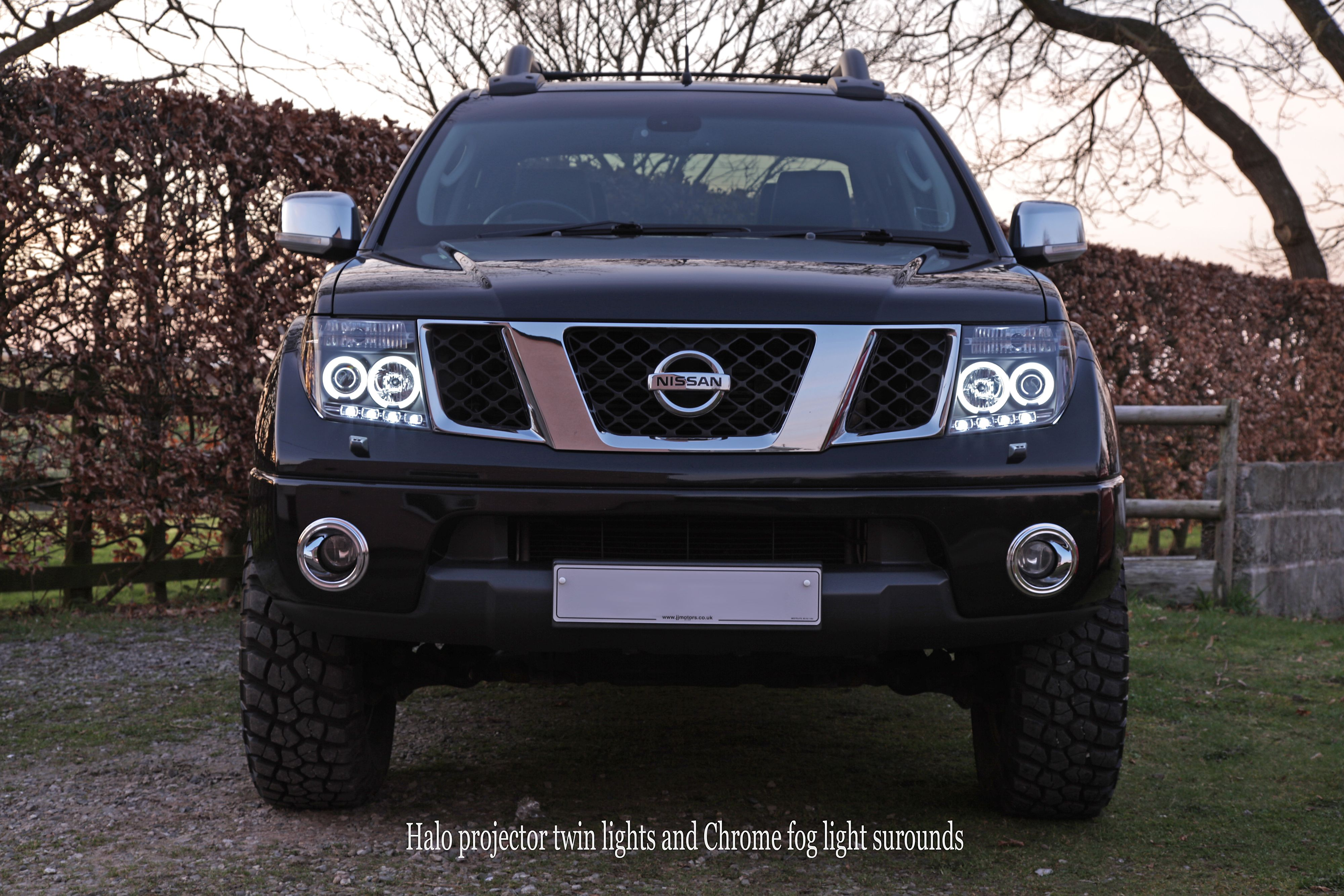 Twin Halo Projector Headlights On My Nissan Navara Frontier Nissan Navara Nissan Trucks Nissan Navara D40