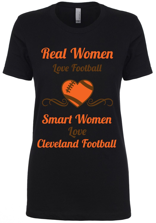 Smart Women Love Cleveland Football Limited Edition Shirt