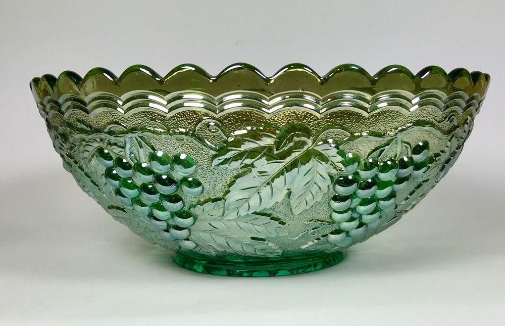 Vintage Imperial Helios Green Carnival Glass Grapes Leaves Fruit Bowl 9 25 Ebay Carnival Glass Glass Fruit Bowl Bowl