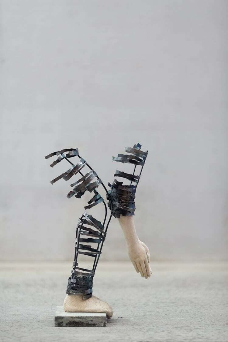 Las esculturas incompletas de Nele Kilde capturan las heridas de la infancia  - Cultura Inquieta en 2020 | Esculturas, Escultura figurativa, Escultura