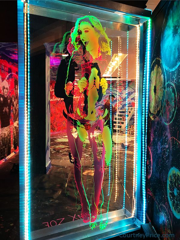 Pin On Crescent Court: Psychedelic, Contemporary Art, Art Museum