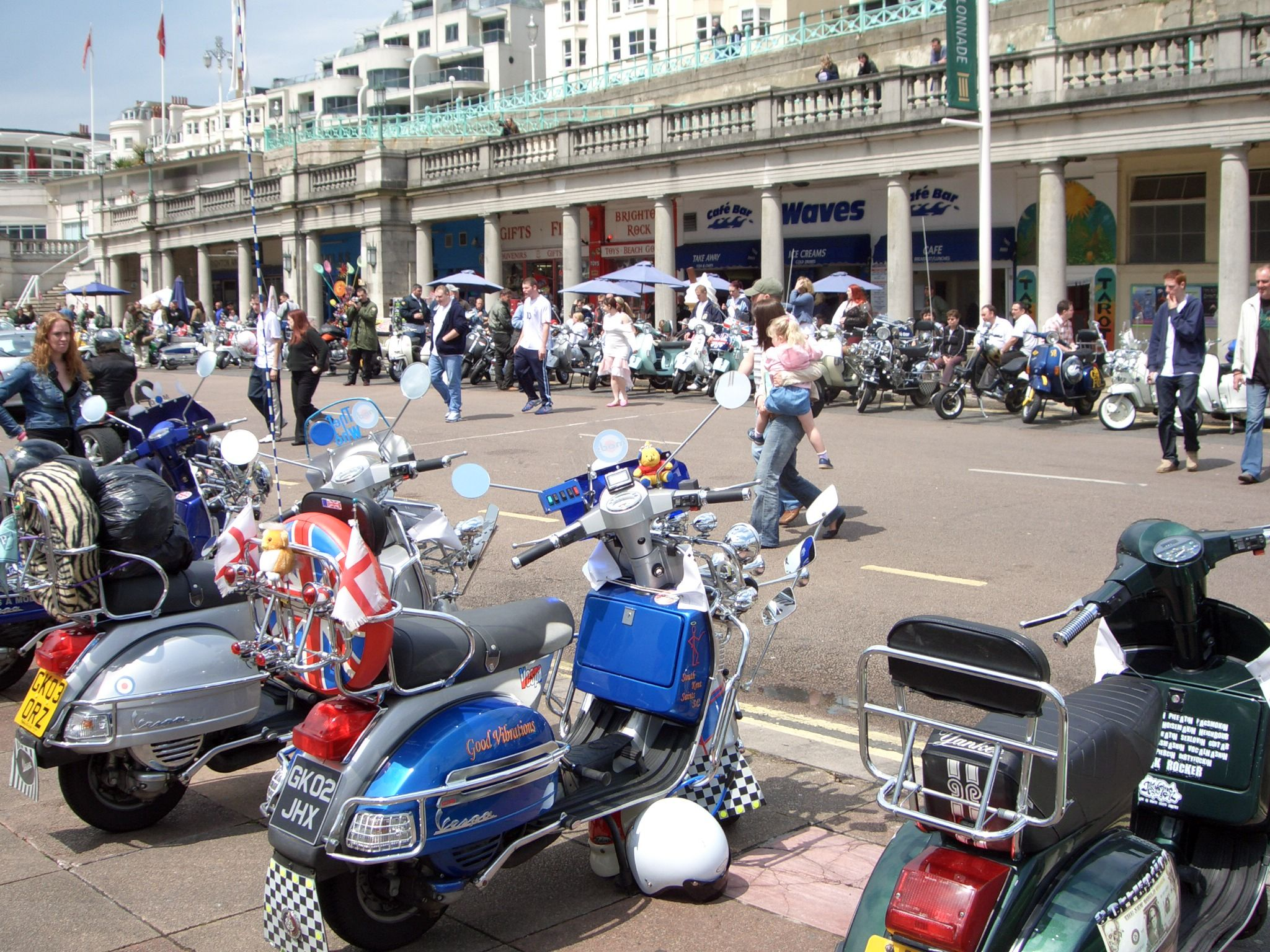 Pin By L Roy On Mods Lambretta Scooter Cars And Motorcycles