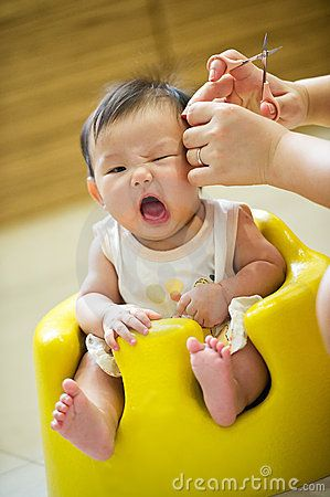 4 Month Old Asian Baby Girl Having A Haircut In 2021 Asian Babies Baby Boy Hairstyles Baby Girl Haircuts