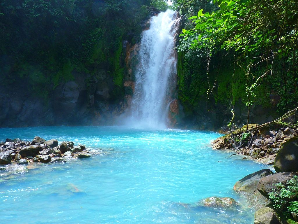 Waterfall - Rio Celeste - Costa Rica - Must see Places ...
