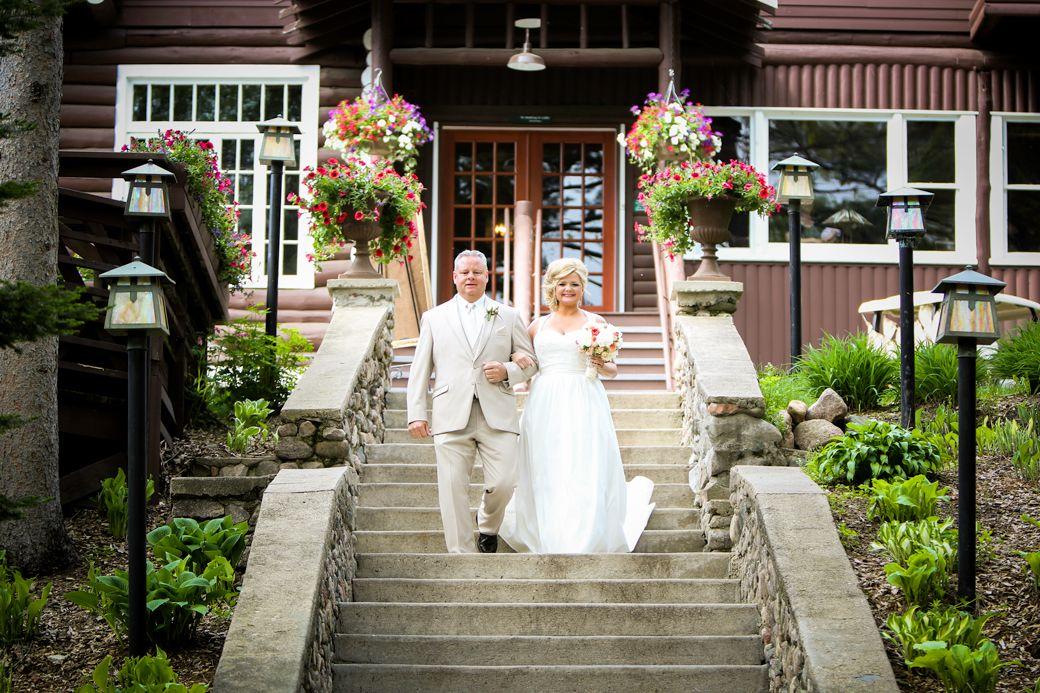 Offering you a beautiful minnesota destination wedding