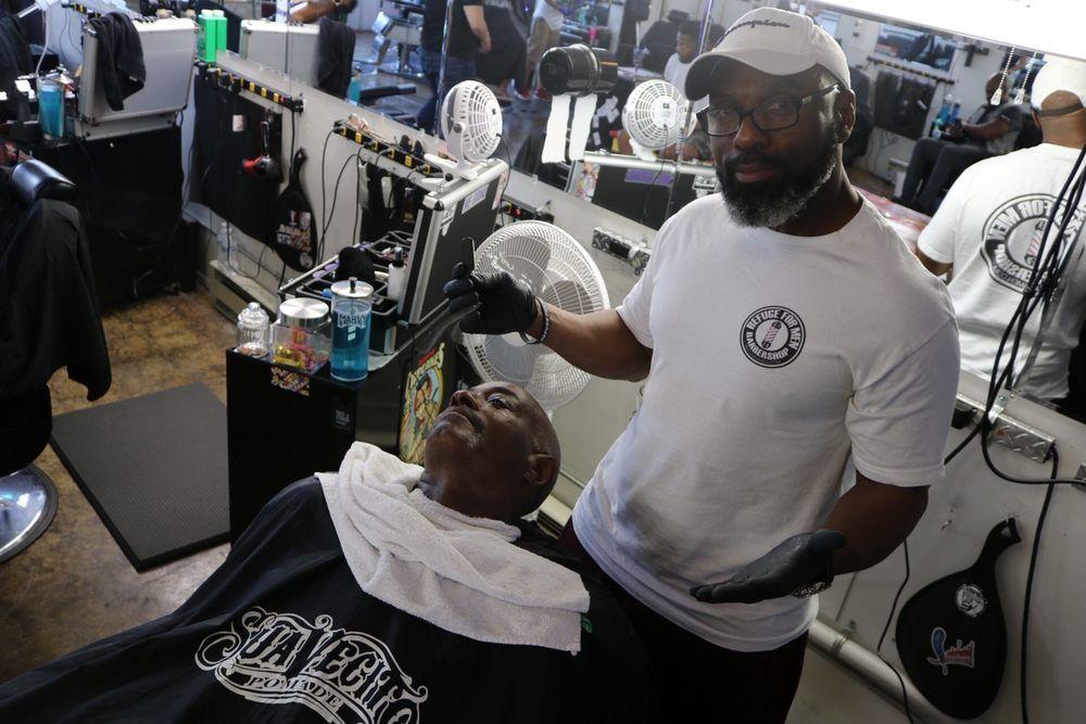 Hot Towel Shaves Shaving Beard Trimming Mobile Barber