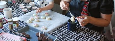 Making cookie-pops: a great kid activity.