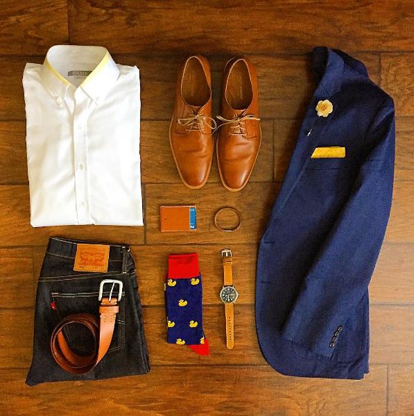 Chris Mehan displaying his weekend wear with our wood chip lapel pin. #ootd #weekend