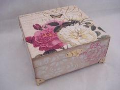 Caixa de MDF decorada com decoupage 002