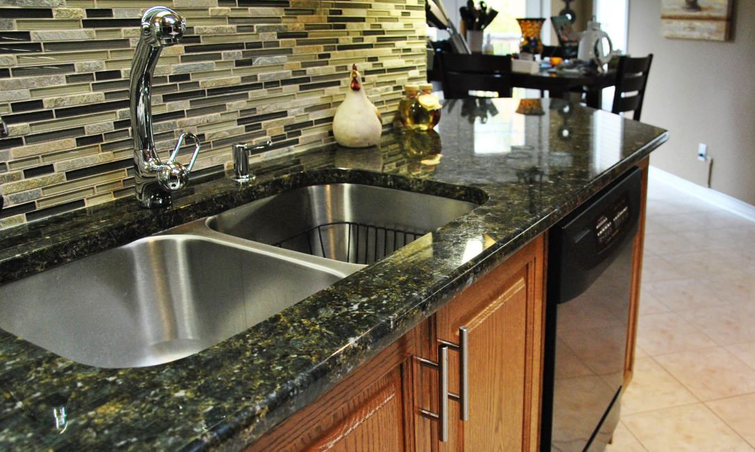 Verde Butterfly Granite Countertops Color For Kitchen