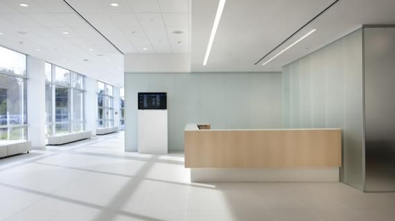Cleveland Clinic Twinsburg Family Health And Surgery Center. Photography:  Kevin G. Reeves