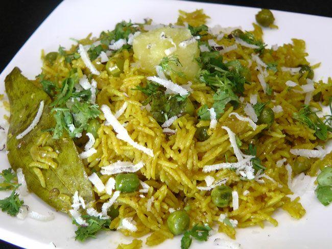 Matar bhat marathi recipe maharastrian receipes pinterest matar bhat marathi recipe rice bowlsrice dishesrice recipesvegetarian forumfinder Choice Image