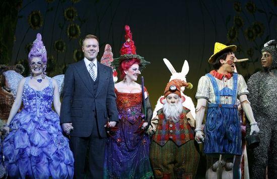 Photo Coverage Shrek The Musical Opening Night Curtain Call Shrek Costume Shrek Musicals