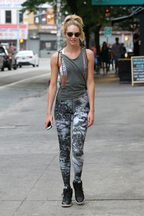 bcba1ff2e8c9 These Chic Celebrity Workout Looks Will Make You Want To Hit The Gym ...