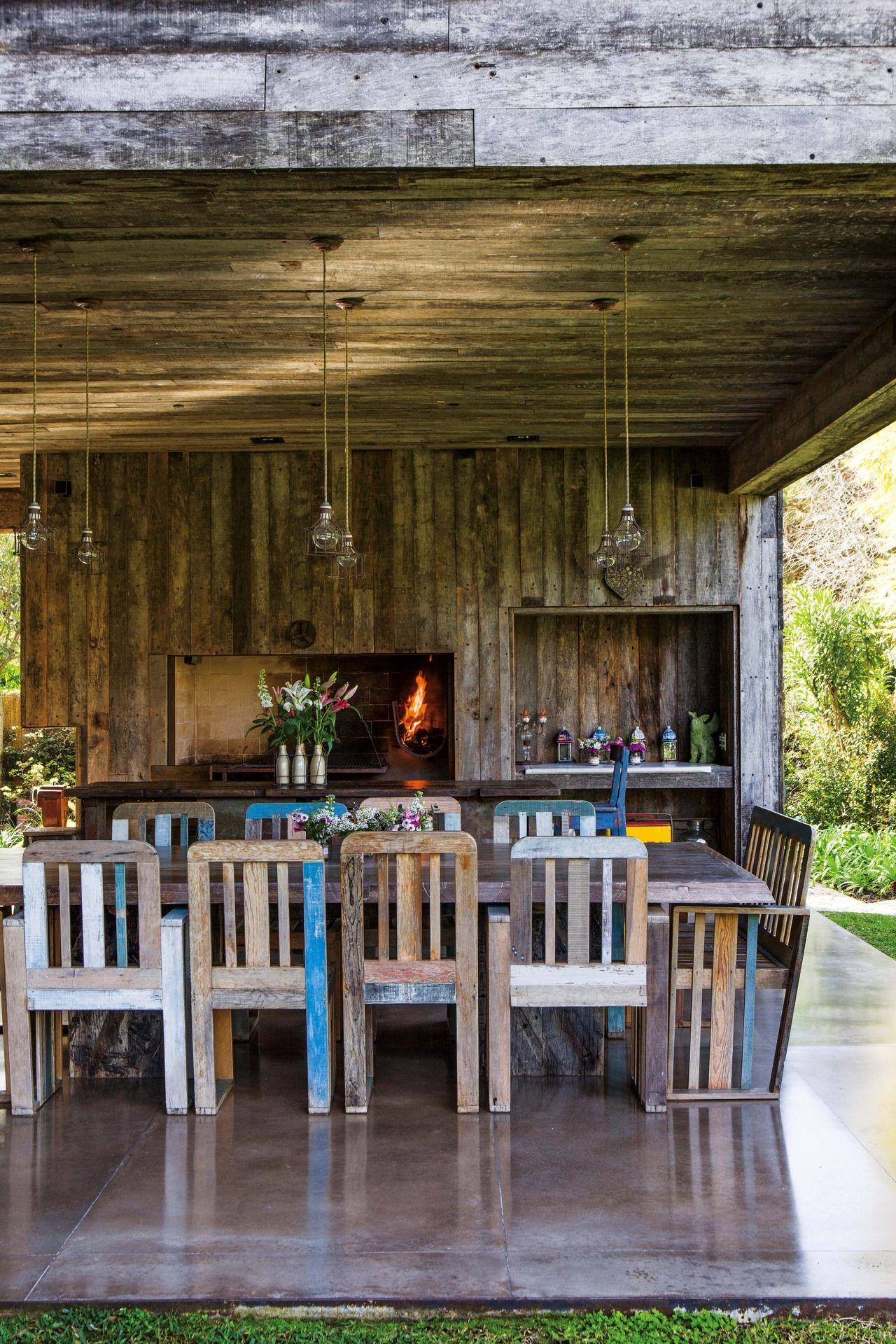 Enmarcada una casa en talar con la galer a como for Cocinas en terrazas