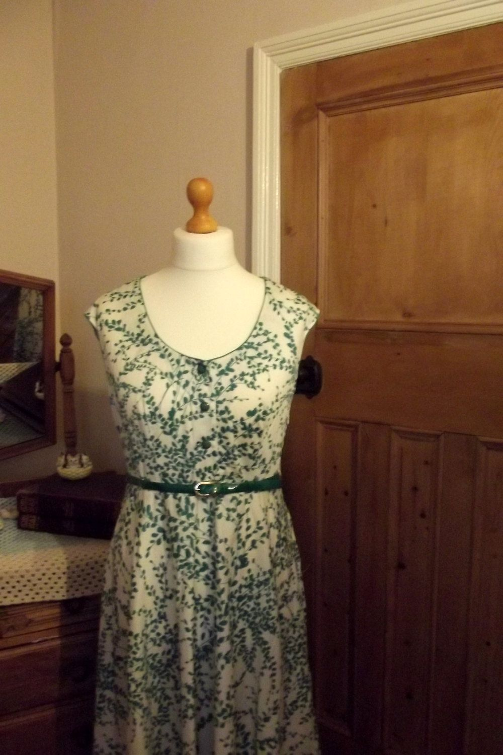 womens green white floral summer dress 80s belt sundress sun uk16 us 14 large vintage clothing. £23.00, via Etsy.