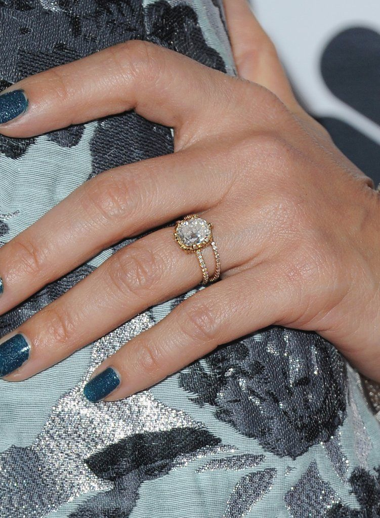 Delicieux Jessica Albau0027s Engagement Ring From Husband Cash Warren Is A Five Carat  Diamond With A
