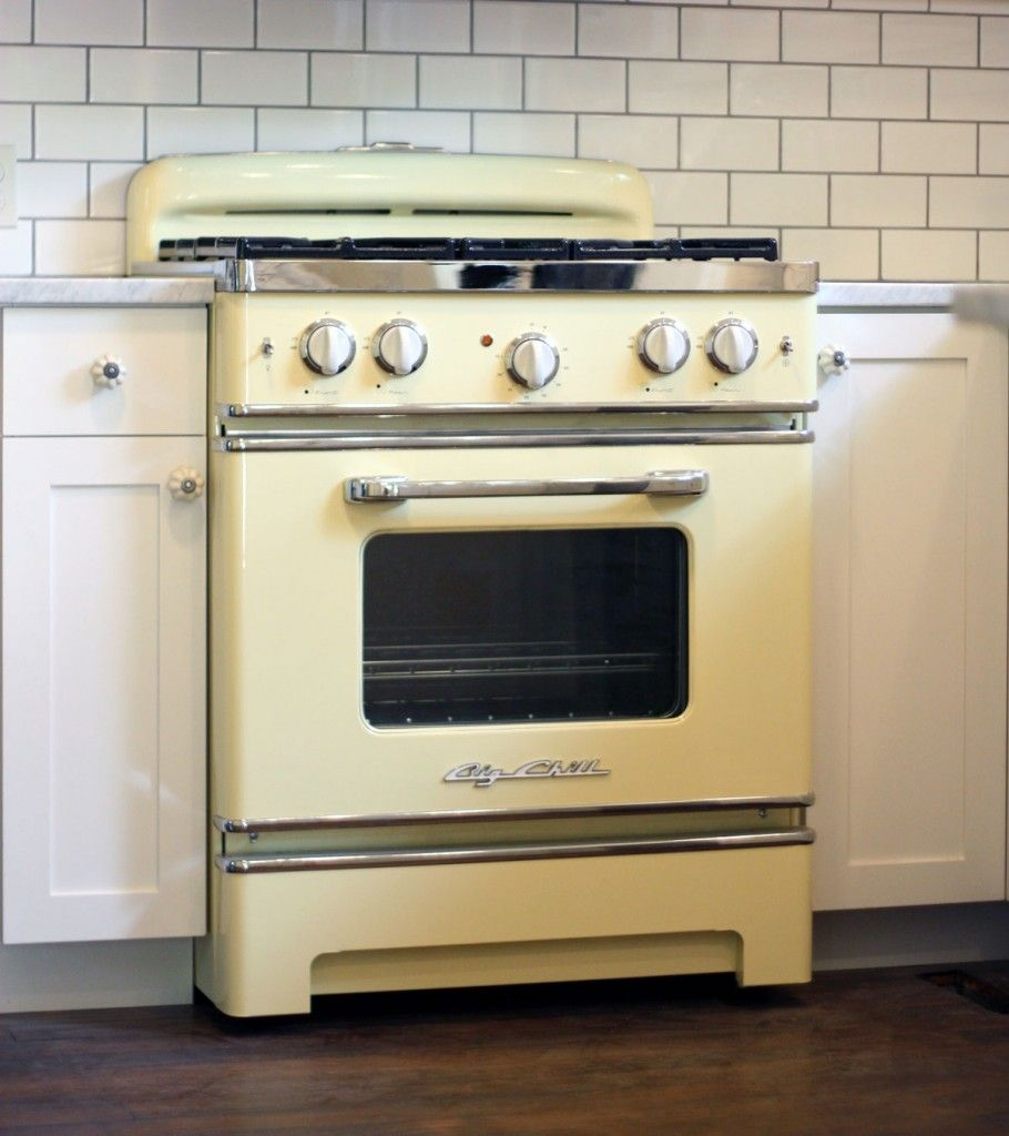 Uncategorized Retro Kitchen Appliance cocina a gas butano vintage cocinas con historia pinterest bring color into your kitchen our big chill retro stove in buttercream yellow brings the combination of modern day cooking and vint