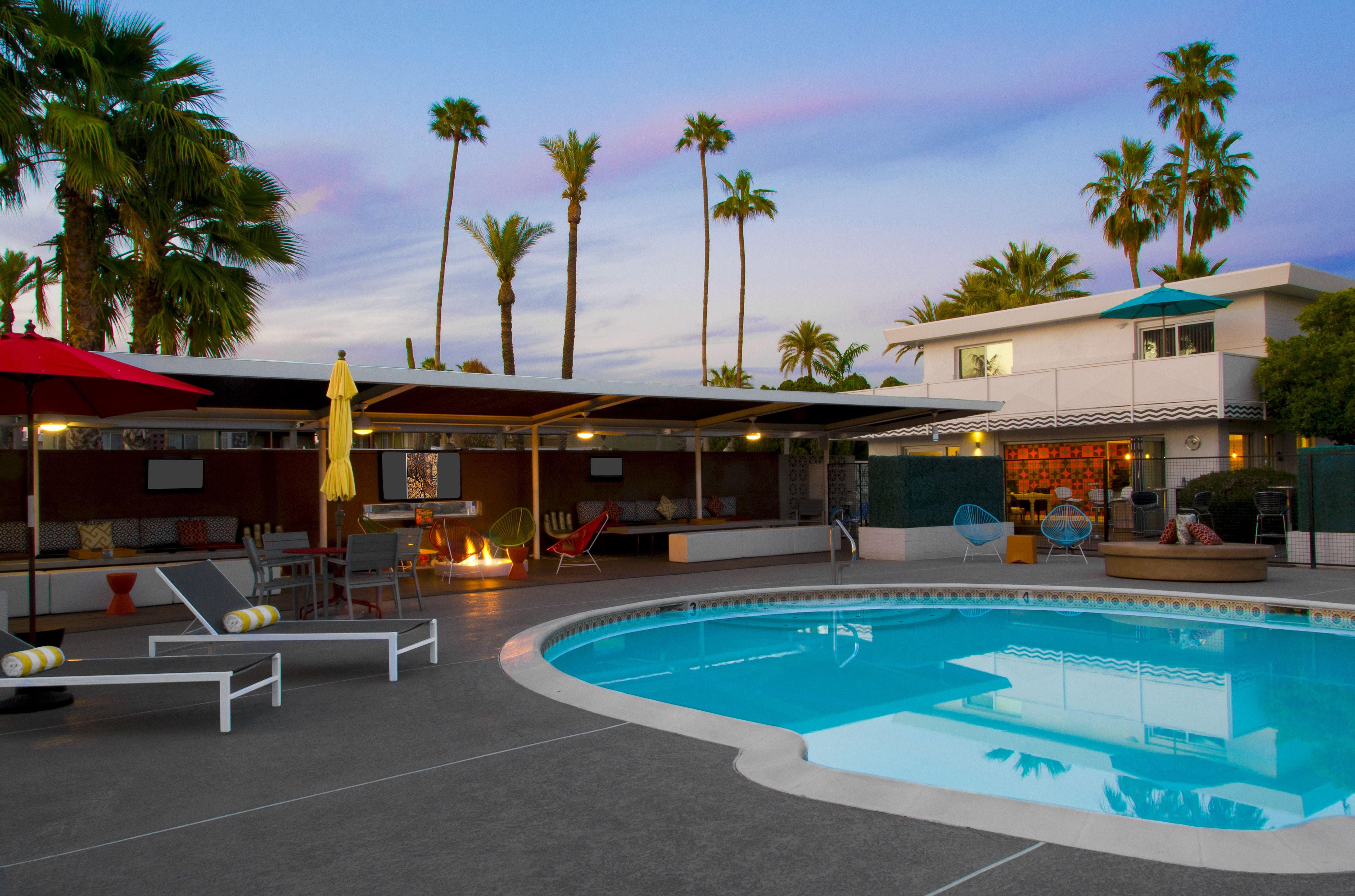 A beautiful evening poolside at El Dorado Scottsdale. #Vacation #Hotel #Pool #Summer #Arizona #Scottsdale #Travel
