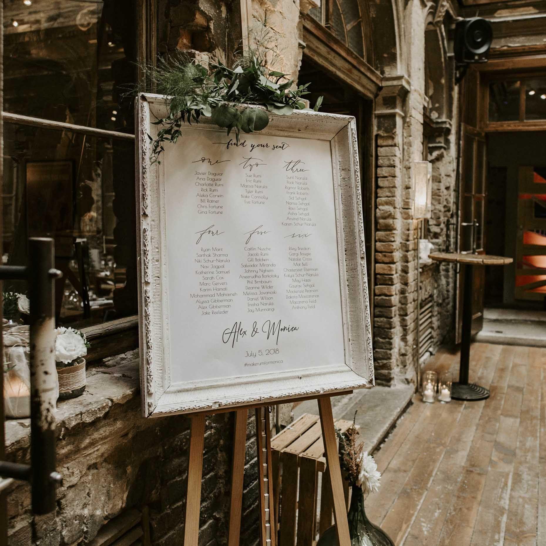 Wedding Ladder Decorations: Welcome Sign / Köszöntő Táblák