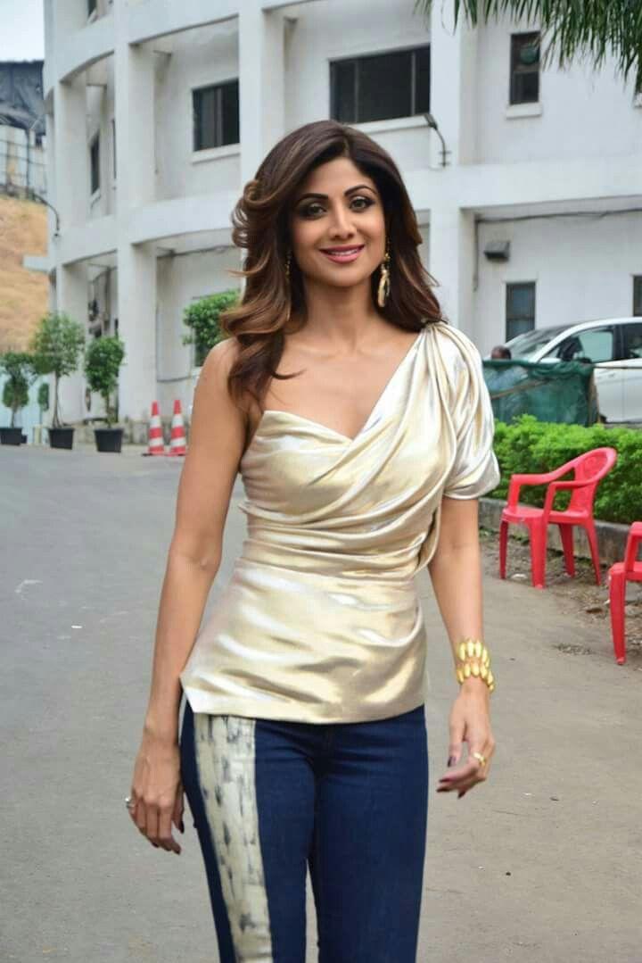 #ShilpaShetty   Celebrities female, Indian actresses