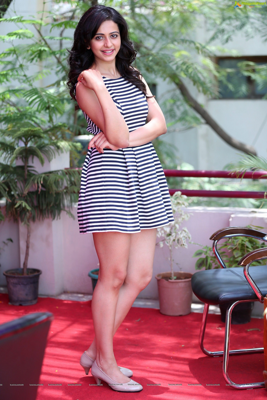 Rakul Preet Singh Super Hot Thighs Show In A Mini Skirt Page