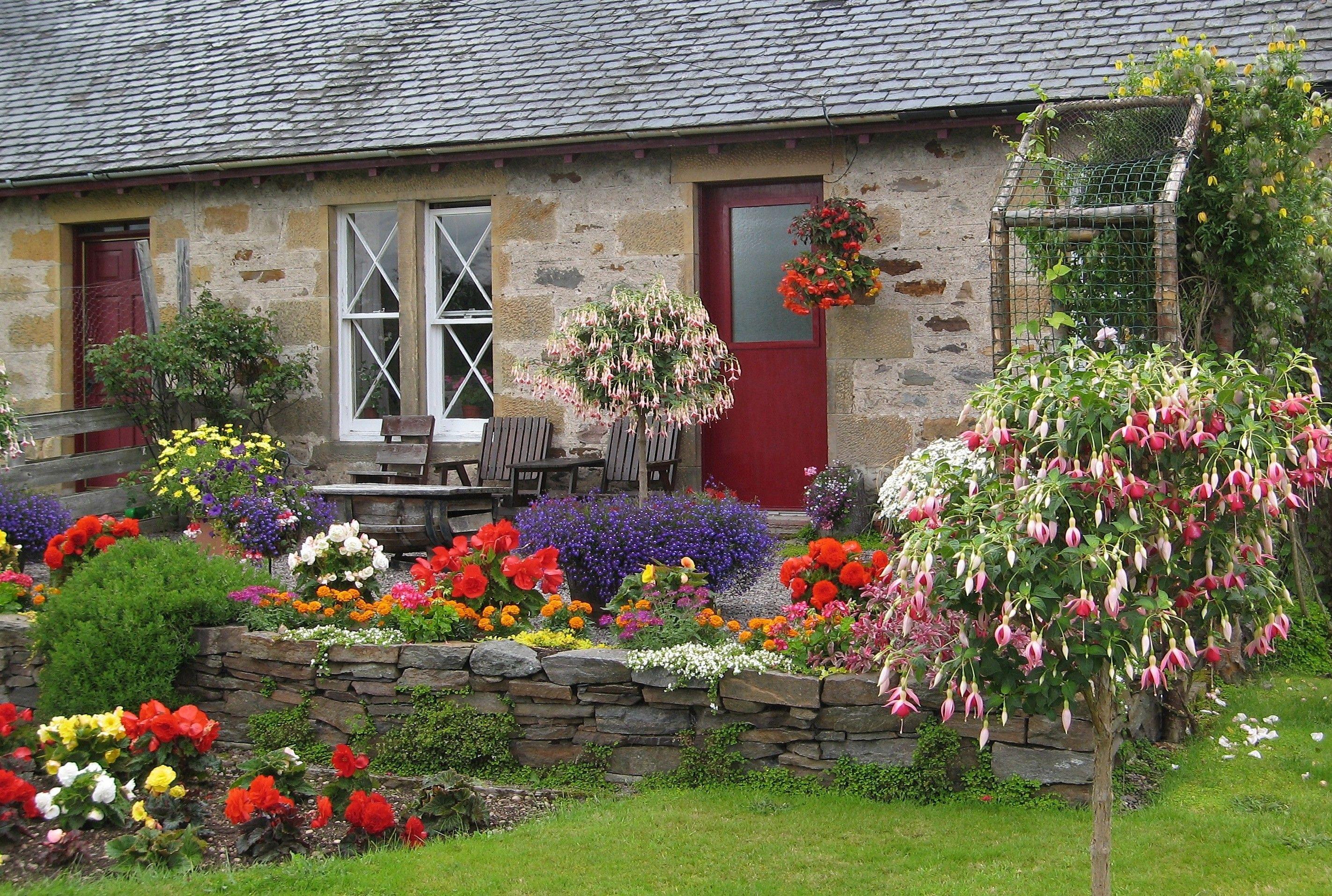 cottage garden eine der beliebtesten gartenformen garten garten kr utergarten und. Black Bedroom Furniture Sets. Home Design Ideas