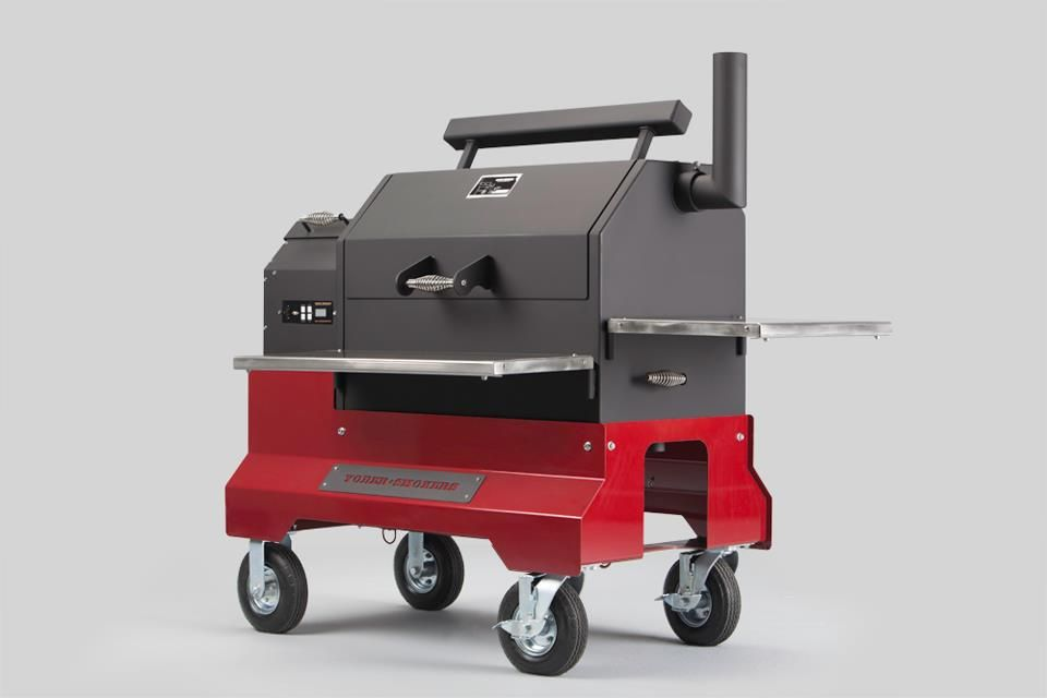 YODER SMOKER 640 COMP SOON TO BE ON THE SHOW WAGON