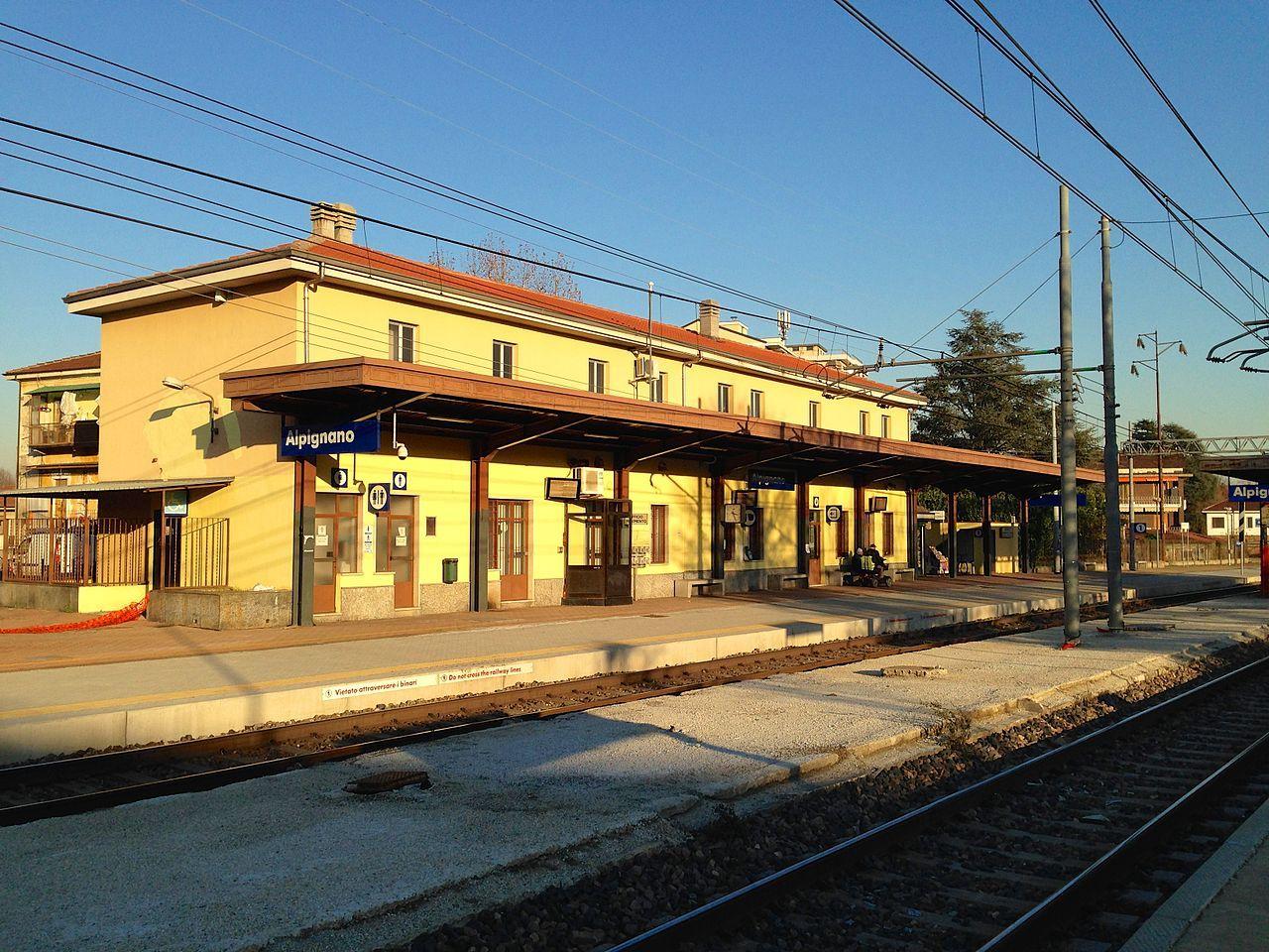 Stazione di Alpignano 01.jpg