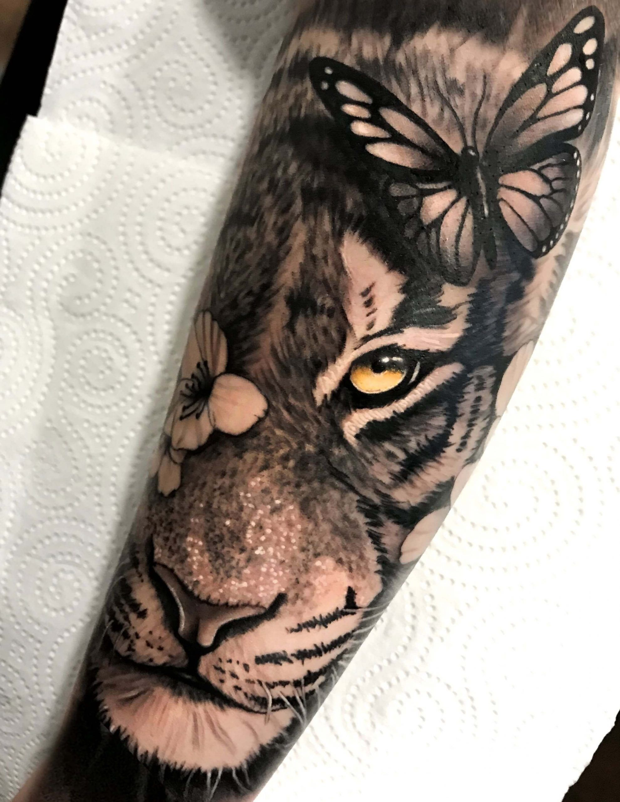 Photo of 15+ Best Tiger & Butterfly Tattoo Designs