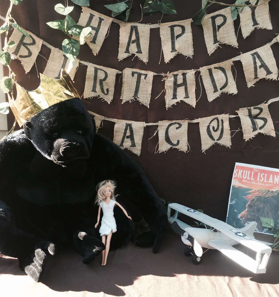 indianjones birthday party invitations printable%0A What a great King Kong birthday party  See more party ideas at  CatchMyParty com