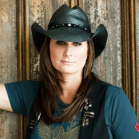 Terri Clark Wiki Affair Married Lesbian With Age Height Singer Albums Country Female Singers Country Music Singer Official terri clark fan club. pinterest
