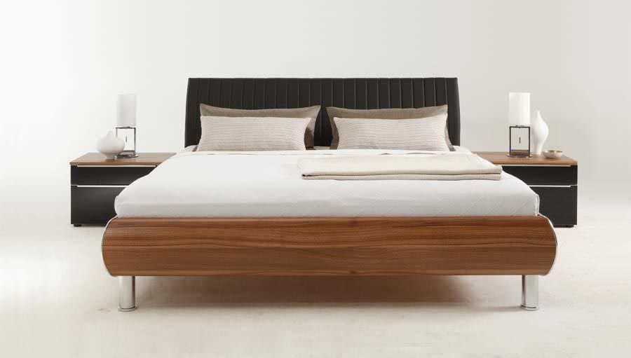 Holz Doppelbett Mit Kopfteil Baumkante Smiralda Haus Deko