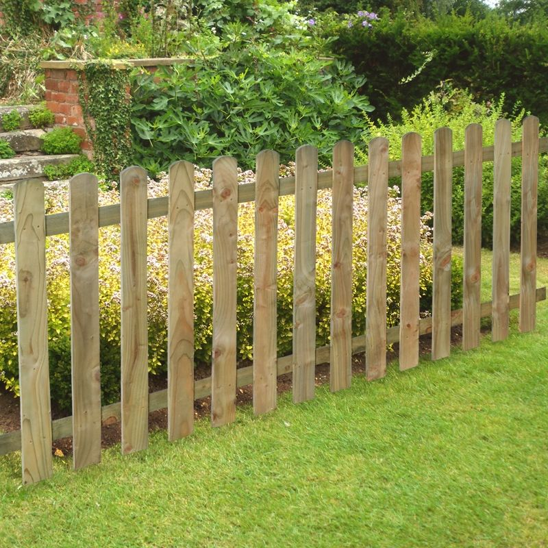 Our Traditional Heavy Duty 3ft Pale Panel Is Perfect For Creating A Sturdy Low Front Yard Landscaping Design Picket Fence Garden Above Ground Pool Landscaping