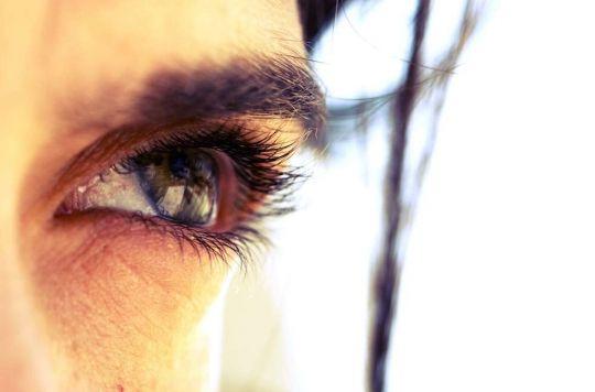 #Cornée : restaurer la vision avec un film invisible - Pourquoi Docteur ?: Pourquoi Docteur ? Cornée : restaurer la vision avec un film…