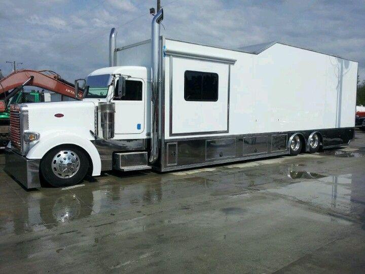 Nice Toy Hauler Big Rig Trucks Peterbilt Trucks Rv Truck