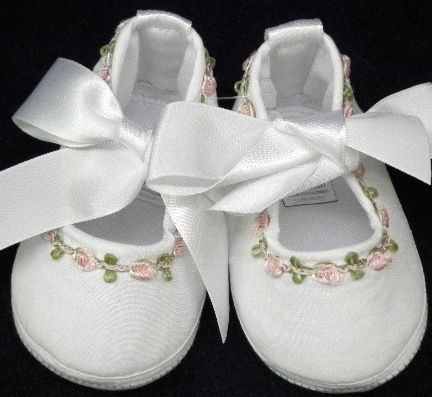 Will/'beth Newborn Infant Baby Girl Booties w//Ribbon NWT Dolls Babies 0-3m