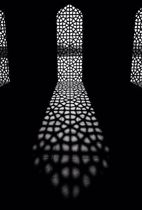 C'est La Porte Ouverte à Toutes Les Fenêtres : c'est, porte, ouverte, toutes, fenêtres, Épinglé, Nastassia, Gumuch, C'est, Porte, Ouverte, Toutes, Fenêtres, Lumière, L'obscurité,, Photographie, Blanche,, Ombre