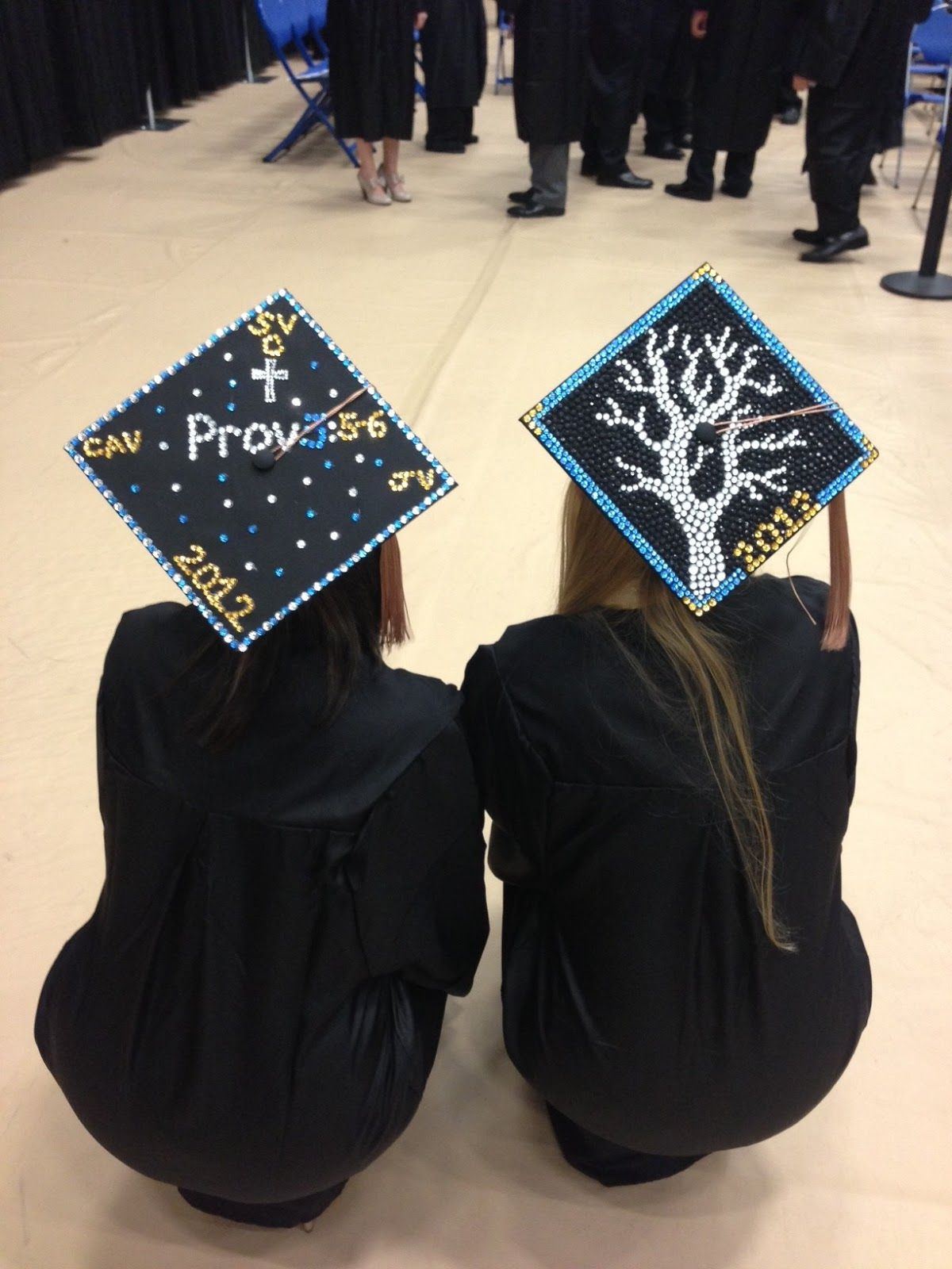 Graduation ideas graduation hats decorations ideas for Graduation decorations