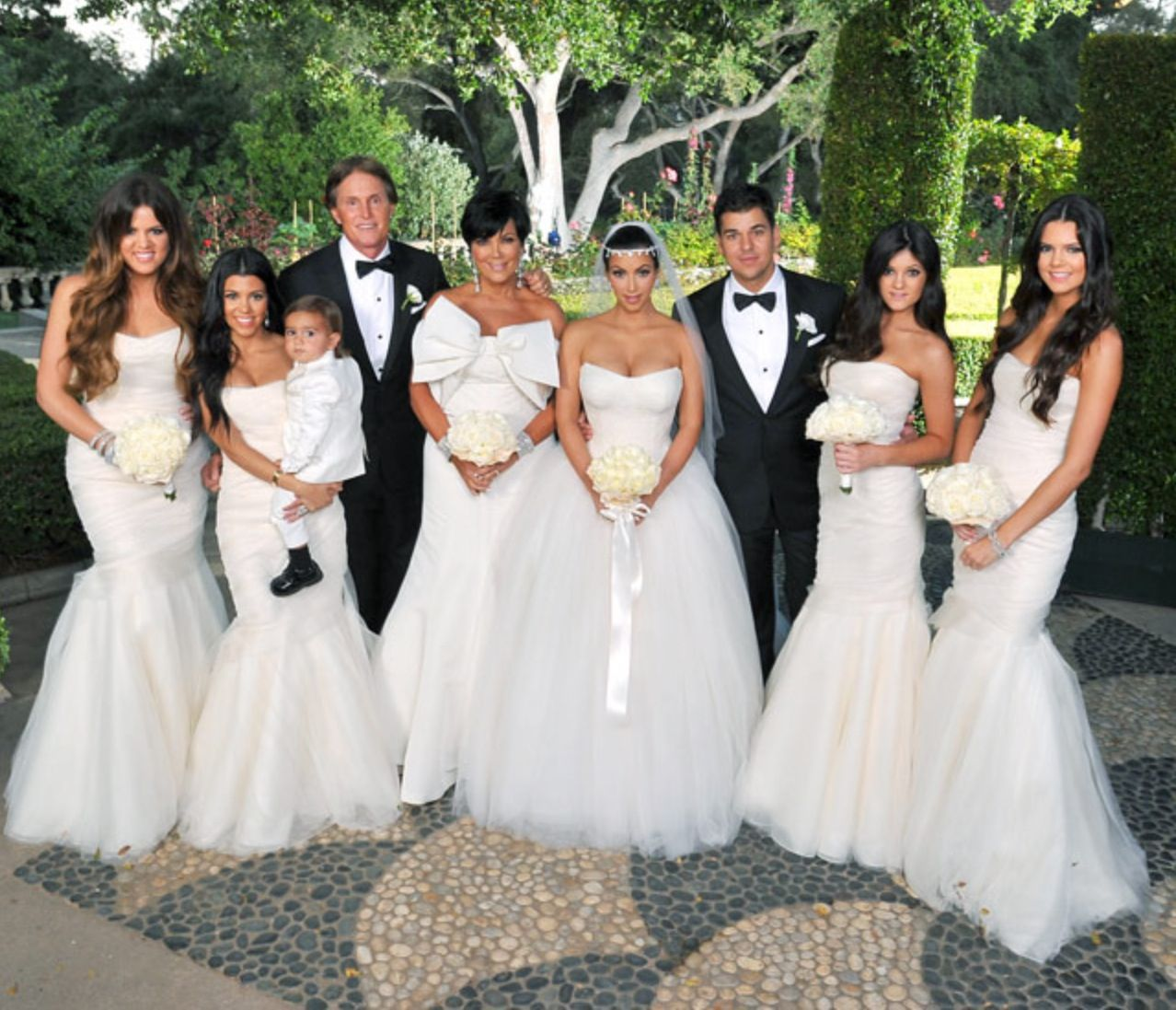 Kims wedding keeping up with the kardashians pinterest weddings kims wedding mermaid bridesmaid dressesbridesmaidswedding ombrellifo Image collections