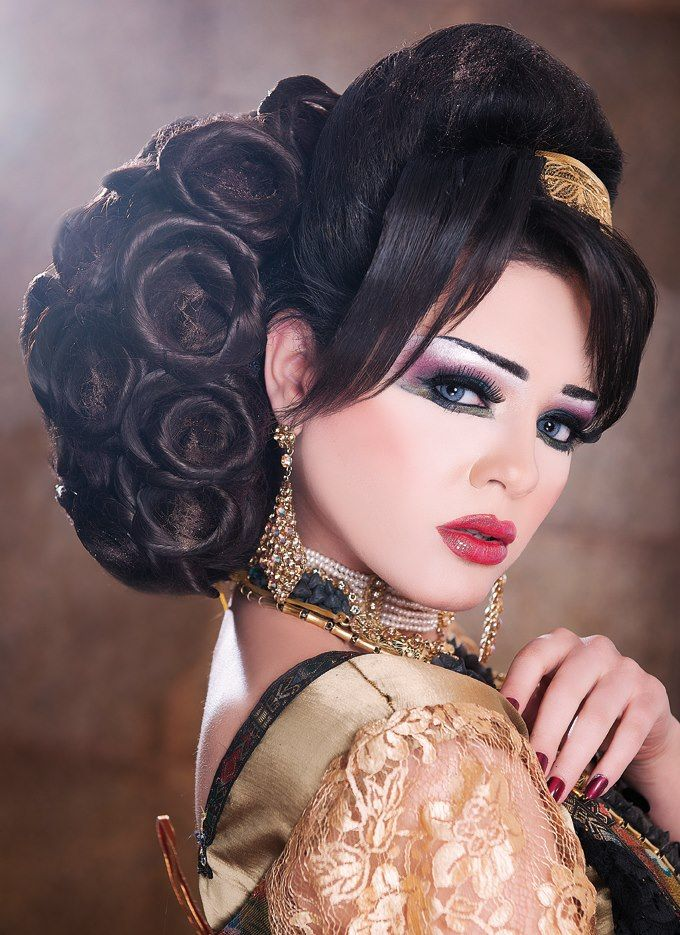 Pin by Zsófia Pink on Arabic Makeup and hairstyles ...