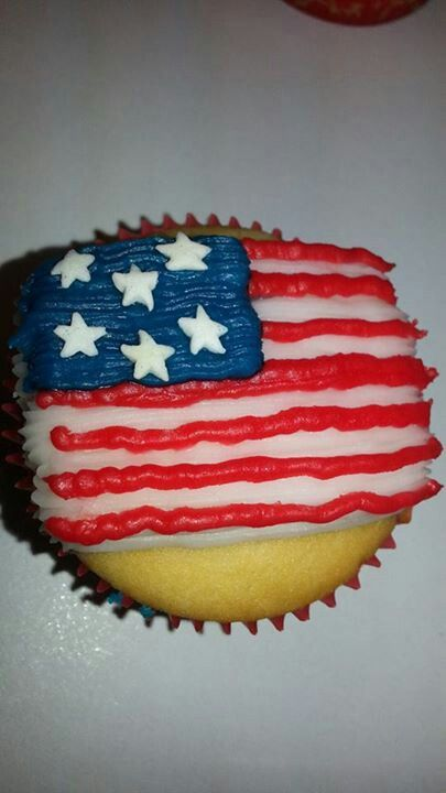 4th of July Flag Cupcake