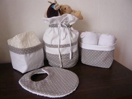 id es cadeau naissance baby diy baby couture sewing. Black Bedroom Furniture Sets. Home Design Ideas