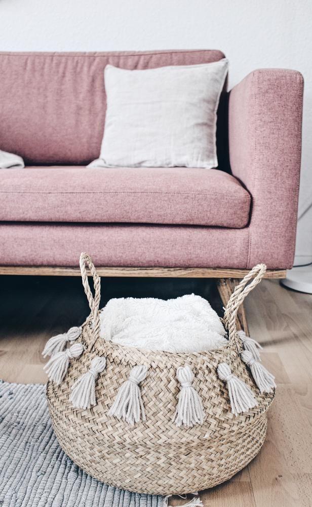 schnelle diy-idee: ein weidenkorb mit quasten! tolle deko fürs, Wohnzimmer